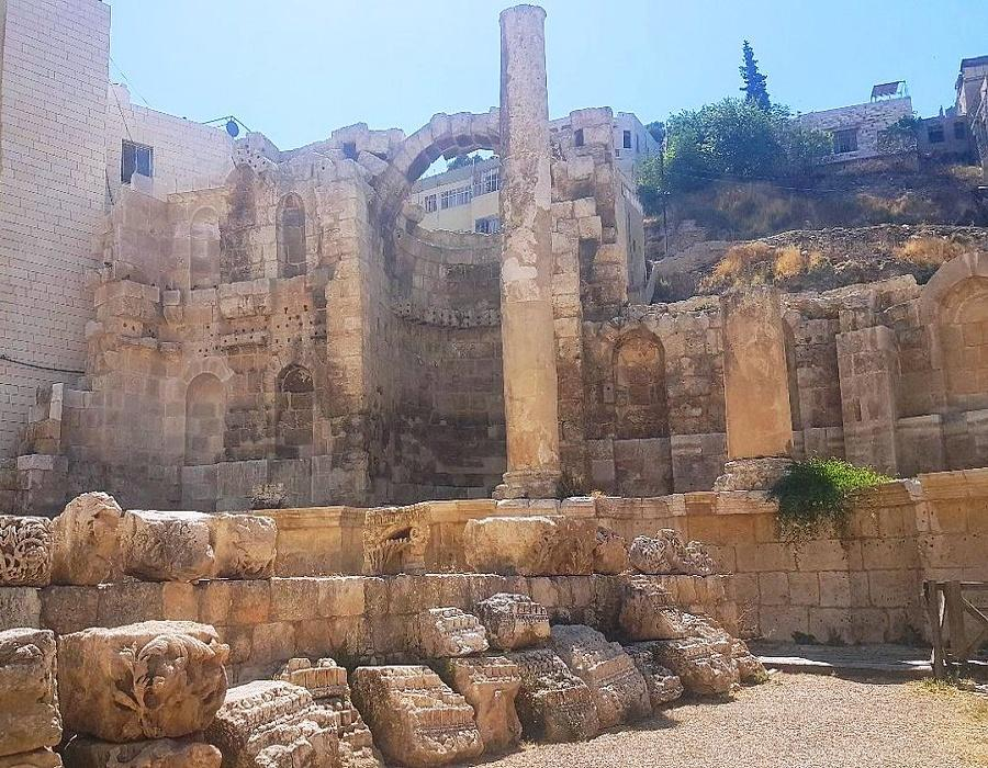 The Nymphaeum at Amman Monumental structure