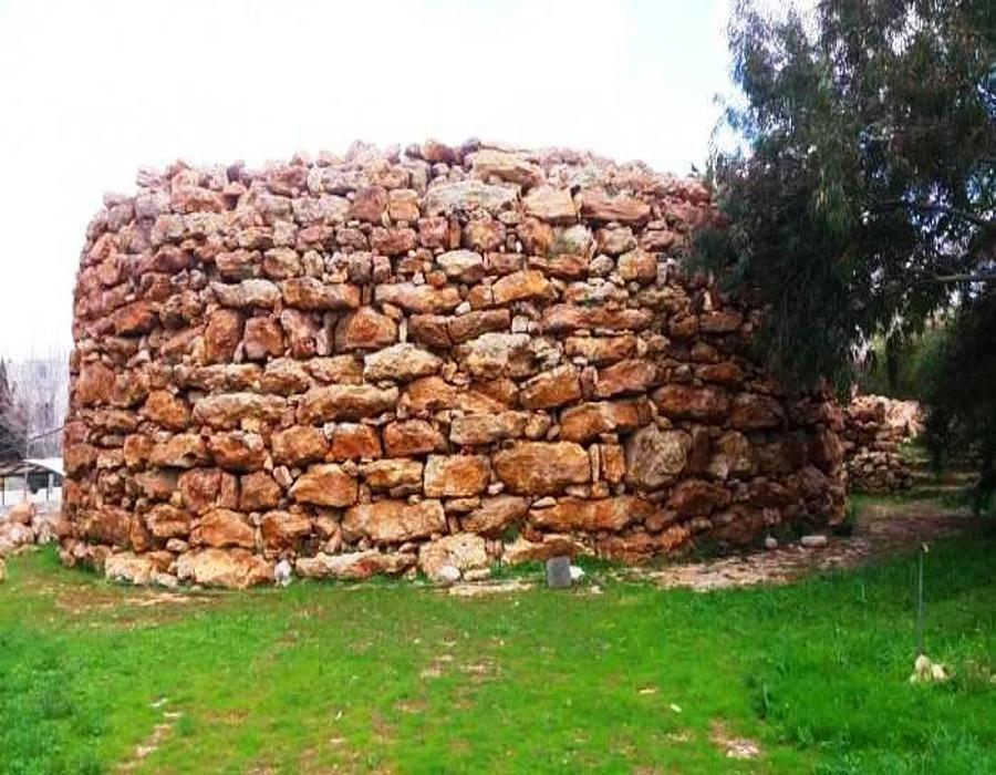 Rujm al-Malfuf (North)