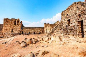 Al-Azraq Castle - courtyard - Residential area to the right
