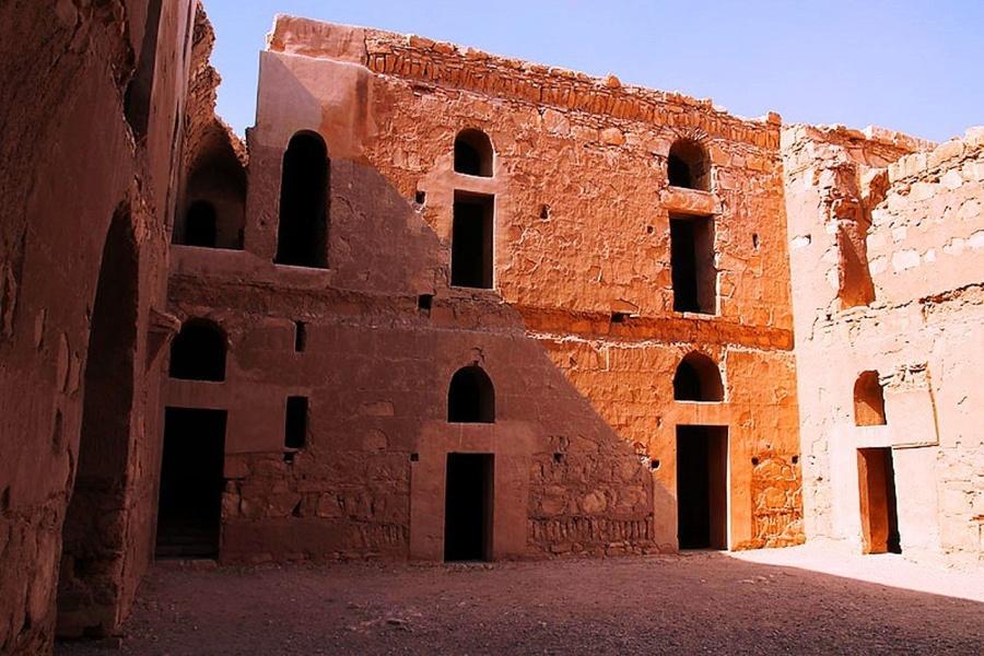 Qas al-Kharanah - The central courtyard